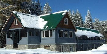 Kingvale Lodge - Featured Image  - #0