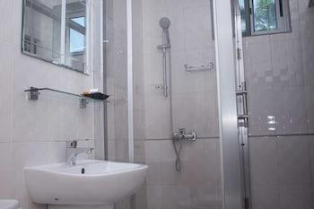 Manjaro Suites - Bathroom  - #0
