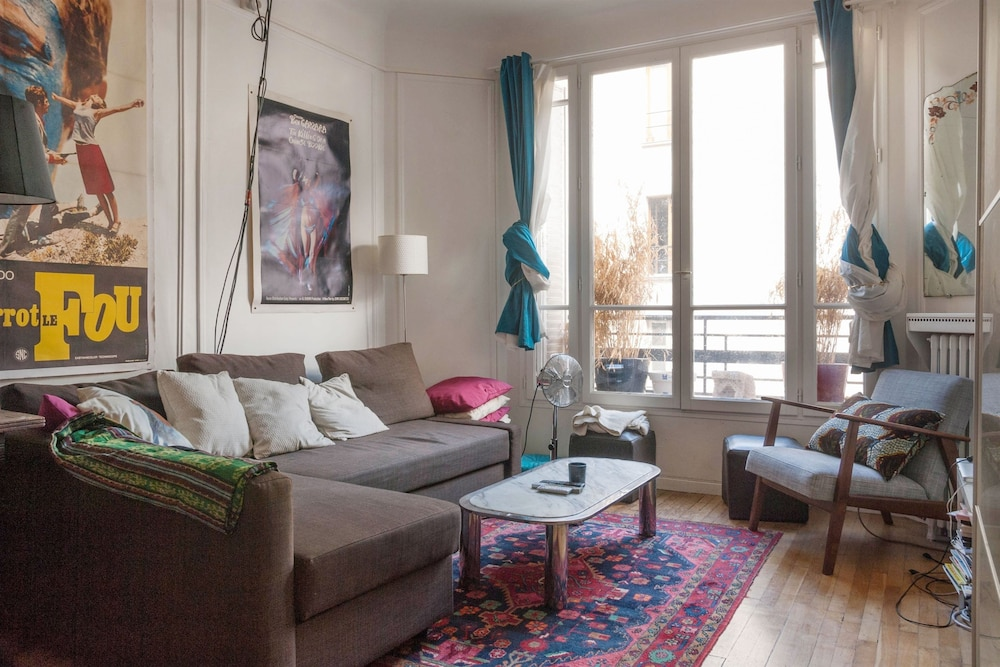Modern Studio Center Of Paris Smartrenting Hotel In Paris City