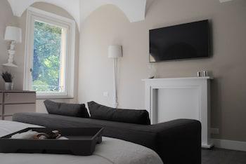 Emilia Suite Park - Living Area  - #0
