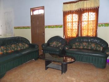 Losmen Setia Kawan II - Living Area  - #0