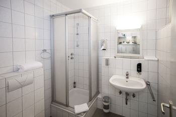 Centro Hotel Residenz - Bathroom  - #0