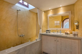 Kokos Traditional Houses - Bathroom  - #0