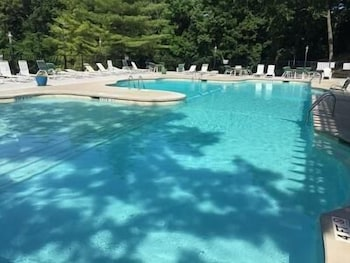 Water s Edge 11 1A 2 Bedroom Condo by Your Lake vacation