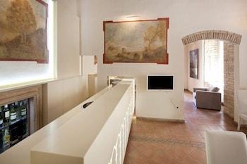 Hotel degli Affreschi - Hotel Bar  - #0