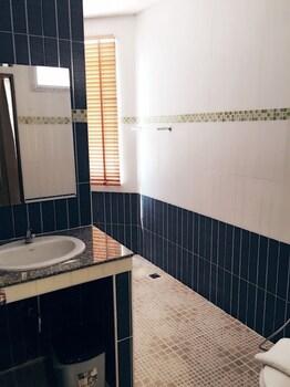 Chansuda Lake View Hotel - Bathroom  - #0