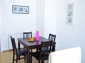 Bed&BCN Gran Via - In-Room Dining  - #0