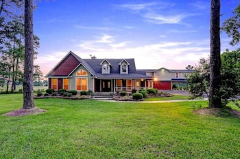 Maple Creek Bed and Breakfast in Tomball, Texas