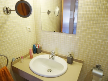 Apartamento Family Santa Cristina - Bathroom  - #0