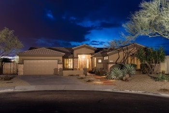 Sonoran Desert Retreat By Signature Vacation Rentals