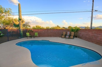 Desert Jewel By Signature Vacation Rentals