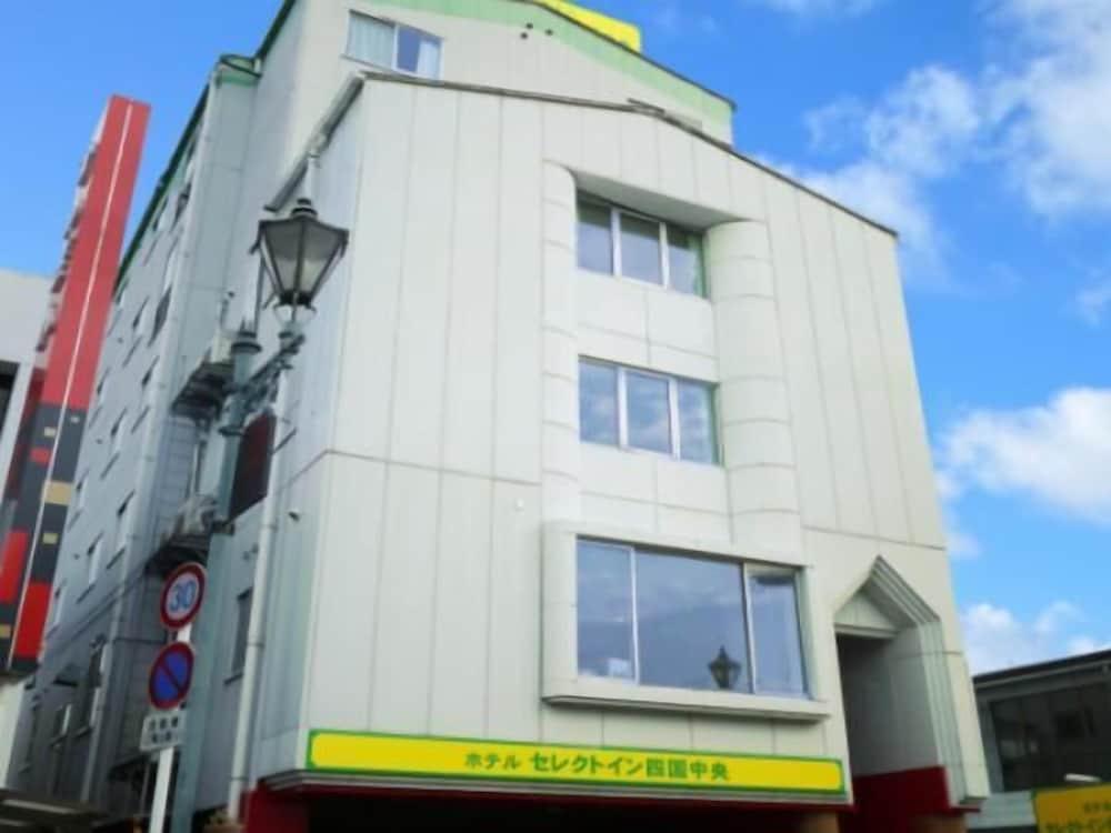 Hotel Select Inn Shikoku Chuo