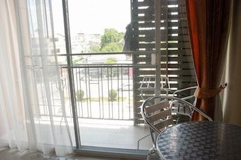 Cha Am Paris Style Guest House - Balcony  - #0