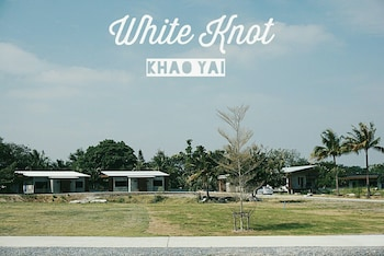 The White Knot Farm Stay