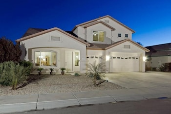 Peoria Desert Splendor By Signature Vacation Rentals