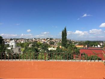 Villa Toscana - Featured Image  - #0