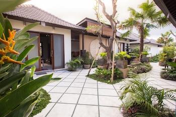 Solo Villas and Retreat - Porch  - #0