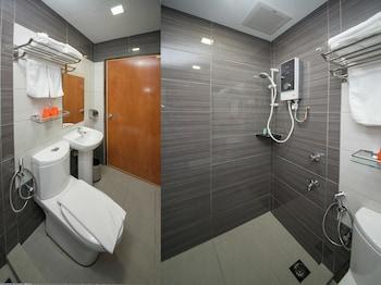 OYO Rooms Jalan Tun Razak - Bathroom  - #0