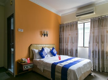 OYO Rooms Klang Gold Course Mall