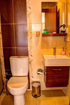Hotel Real Life - Bathroom  - #0