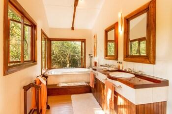 Thornwood - Bathroom  - #0