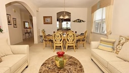 QUIET 5 Bedroom Holiday home by Follow the sun vacation Rentals