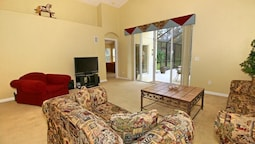 STUNNING 4 Bedroom Holiday home by Follow the sun vacation Rentals