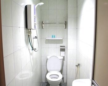 33 Hotel Cheras - Bathroom  - #0