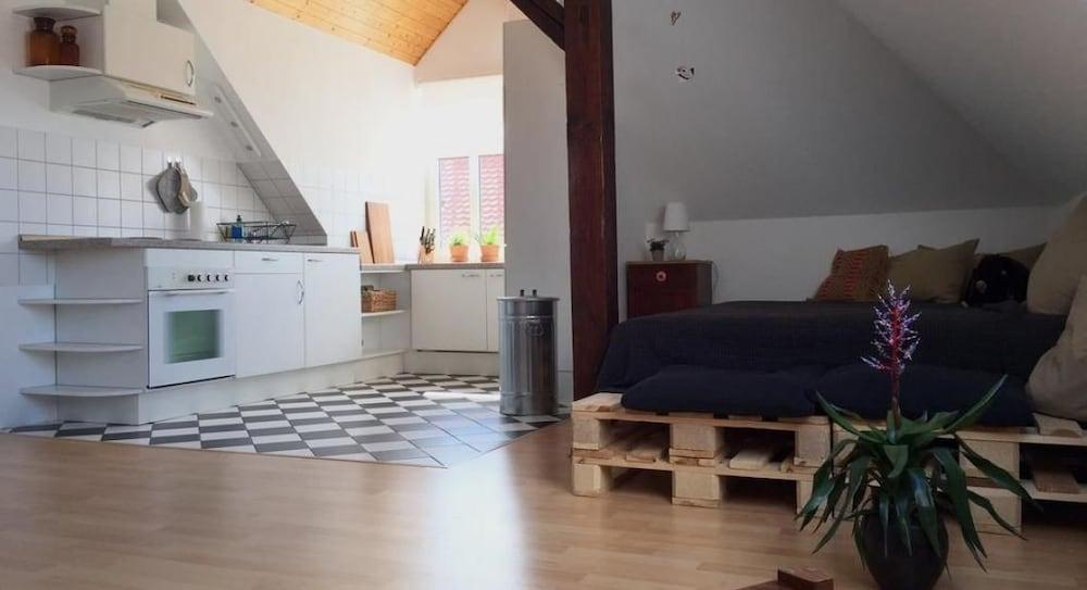 Komfort & Stil über Weimars Dächern