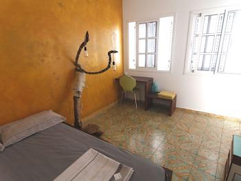 Manipa Hostel Eco-Friendly - Guestroom  - #0