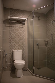Qlassic Hotel - Bathroom  - #0