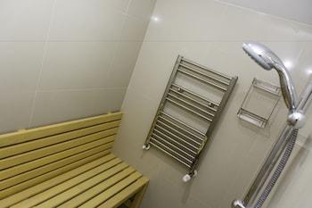 Hotel Christina Plus - Bathroom  - #0