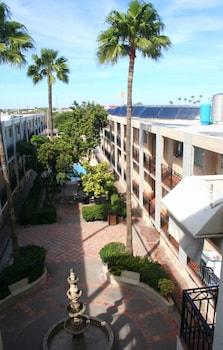 Hotel El Camino Inn & Suites - Aerial View  - #0