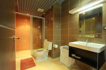 Big Tree Residence - Bathroom  - #0