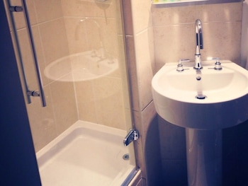 Hype Apartments - Fairway Court - Bathroom  - #0