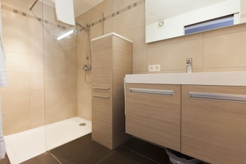 Grand Place Apartments - Bathroom  - #0