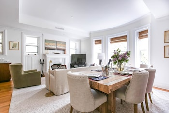 onefinestay - Brooklyn Heights private homes in Brooklyn, New York
