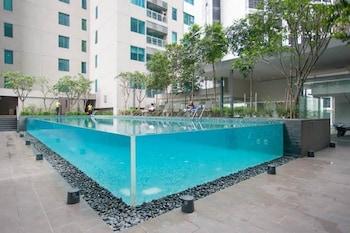 Mercu Summer Suites at Summer Suites - Outdoor Pool  - #0
