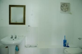 Take My Breath Away Studio - Bathroom  - #0