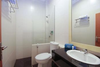 Airy Selincah Sentot Ali Basa 96 Jambi - Bathroom  - #0