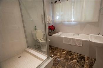Jardin de Fees Guest House - Bathroom  - #0