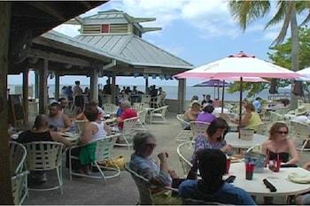 Beach Front Elegant Tampa Bay