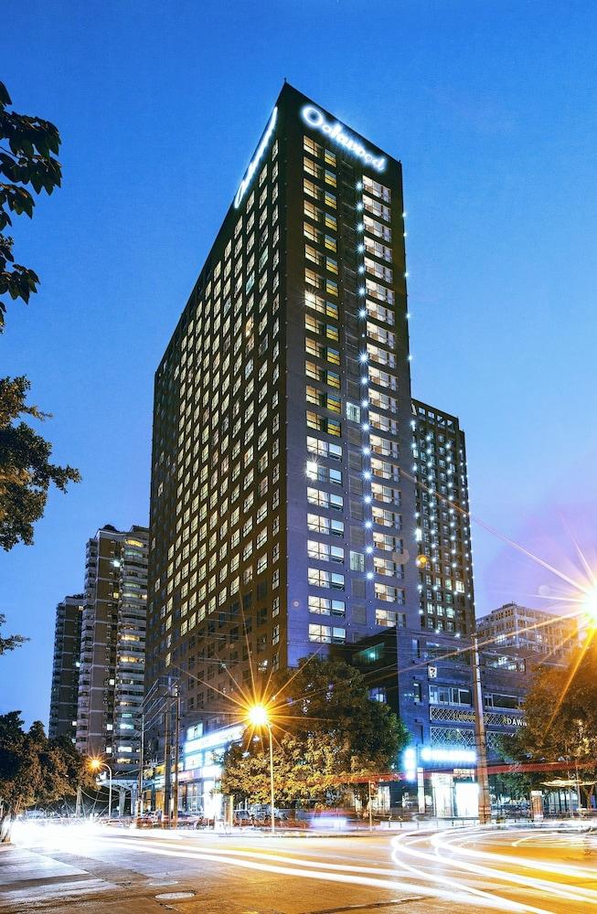 Oakwood Residence Funder Chengdu
