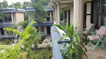 Chitwan Village Resort - Balcony  - #0