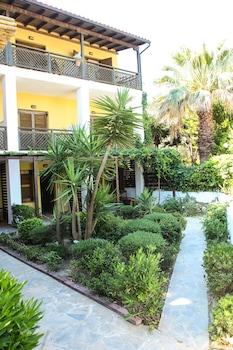 Ammon Garden Hotel - Featured Image  - #0