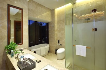 SANYA OCEAN SONIC BANLING HOTSPRING RESORT - Bathroom  - #0