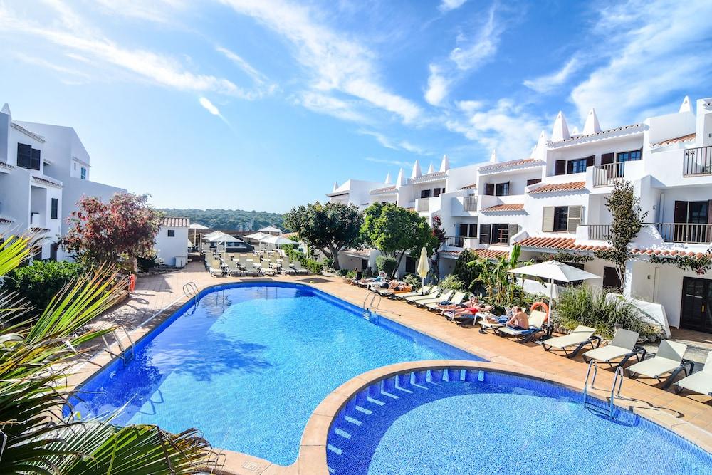 Aparthotel Nelva Resort