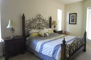 123CAPE Vacation Rentals in Cape Coral, Florida