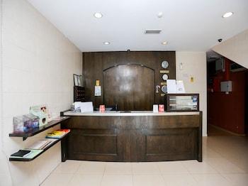 賈蘭丹賈蘇泰拉 OYO 飯店