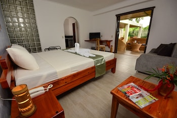 Munting Paraiso - Guestroom  - #0